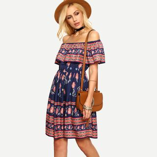 Short-Sleeve Off-Shoulder Layered Printed Dress 1051114564