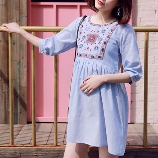 Maternity Embroidered Pinstriped 3/4 Sleeve Nursing Dress 1059905181