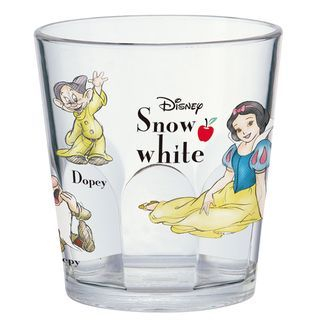 Snow White Plastic Cup 1064974479