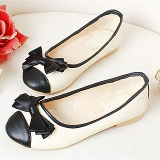 "Buy KAWO Color-Block ""Bow"" Pointy Flats 1022918301"