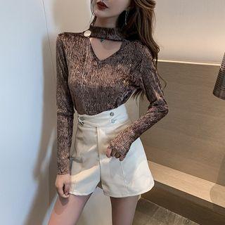Long-sleeve | High-waist | Leather | Halter | Velvet | V-neck | Short | Faux | Top