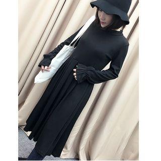 Ribbed Long-Sleeve Dress 1056869461