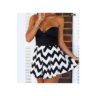 Zigzag Print Strapless Dress