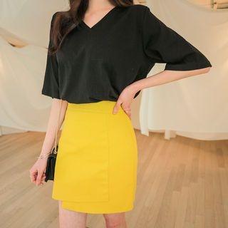 V-Neck Short-Sleeve T-Shirt 1065198477