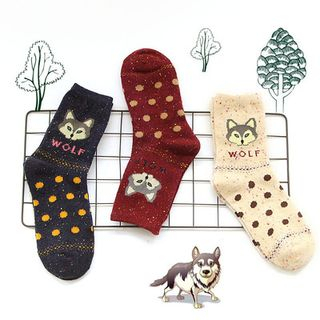 wolf-print-socks