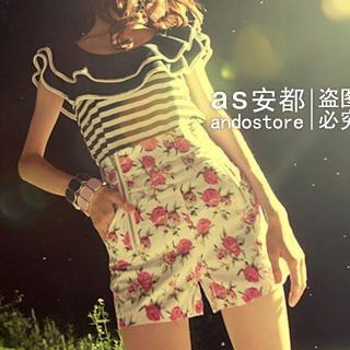 Zipper Floral Shorts