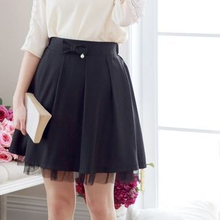 Bow Accent Pleated Skirt