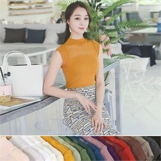 Colored Sleeveless Knit Top 1045042680